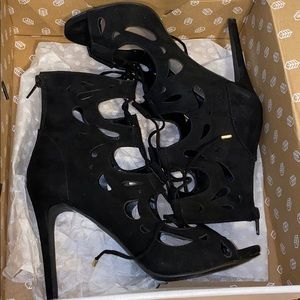 NWT Call it spring lace up stilletos